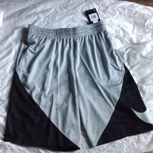 Men Nike Dri-Fit Shorts Gray Black